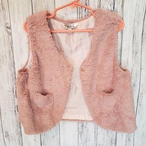 Pippa & Julie Girls Rose Faux Fur Vest